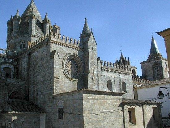 evora-se-catedral